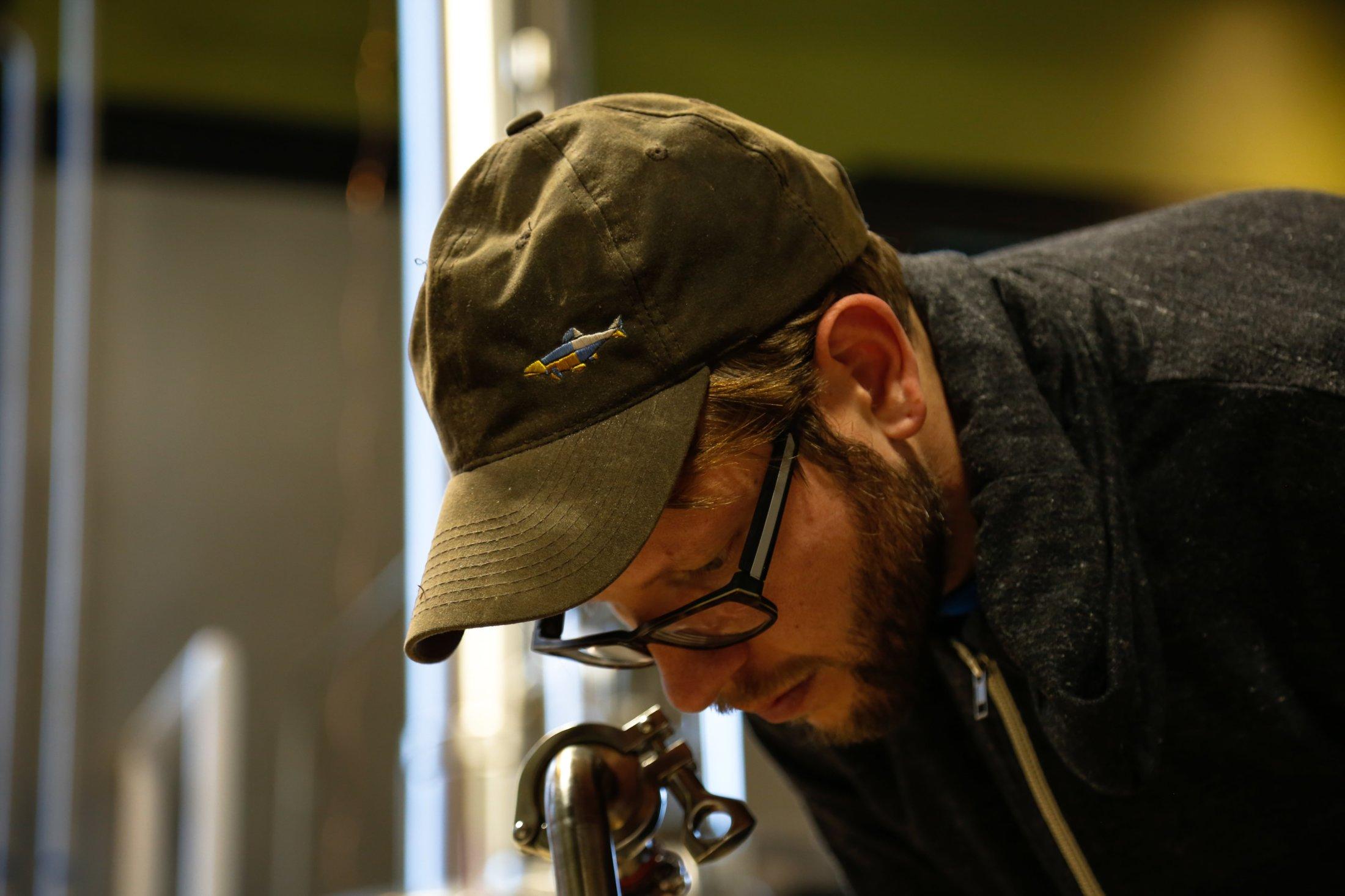 Distiller Dan Working-min